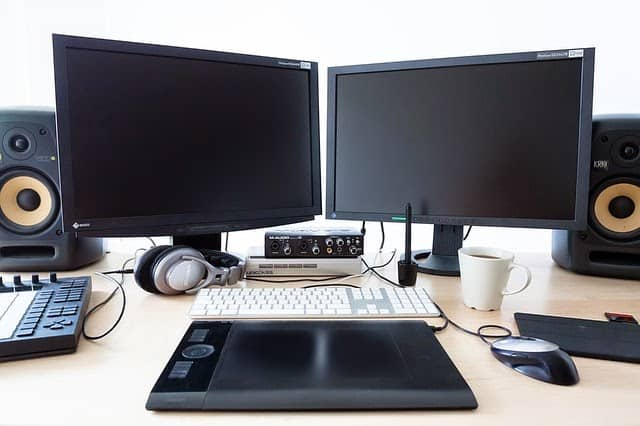 A BASIC INTRODUCTION TO COMPUTERS